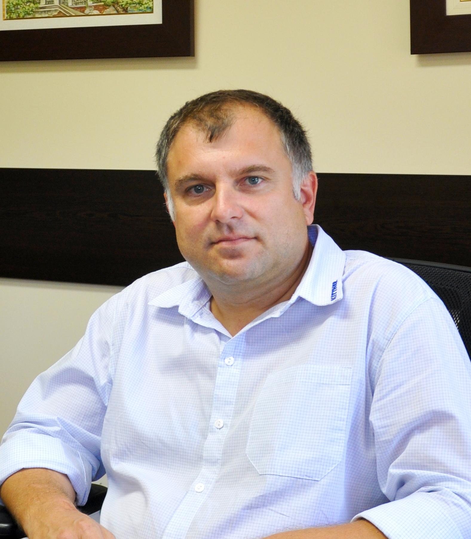 Евгени Иванов : Експерт продажби