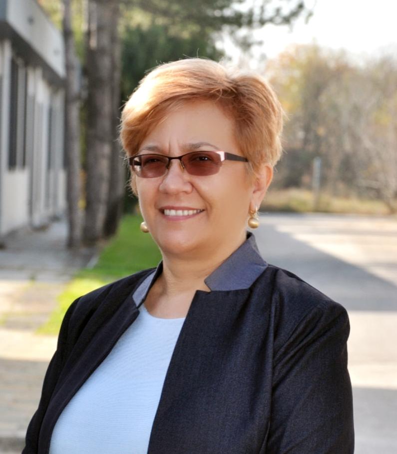 Костадинка Киттнер : CEO
